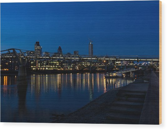 British Symbols And Landmarks - Millennium Bridge And Thames River At Low Tide Wood Print