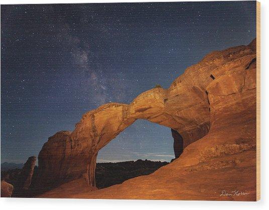 Broken Arch And Milky Way Wood Print
