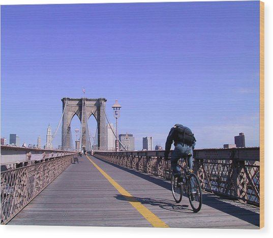 Brooklyn Bridge Bicyclist Wood Print