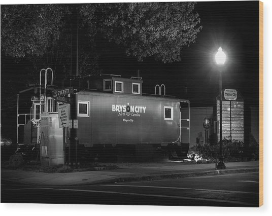 Bryson City  Caboose In Black And White Wood Print