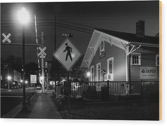 Bryson City Depot At Night In Black And White Wood Print