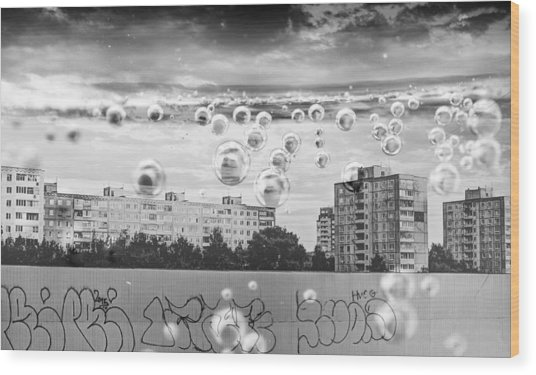 Bubbles And The City Wood Print