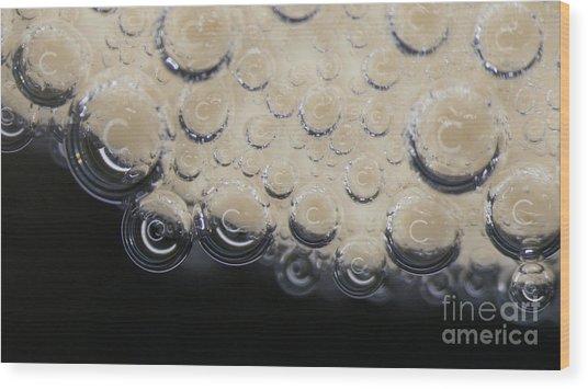 Bubbling On Egg Shell Wood Print