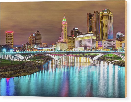 Buckeye Skyline - Columbus At Night On The Water Wood Print