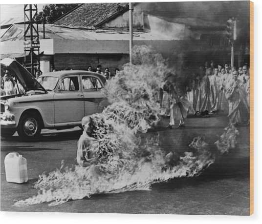 Buddhist Monk Thich Quang Duc, Protest Wood Print