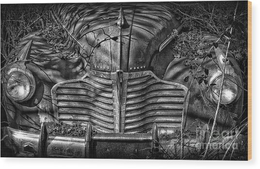 Buick Eight Front End Bw Wood Print
