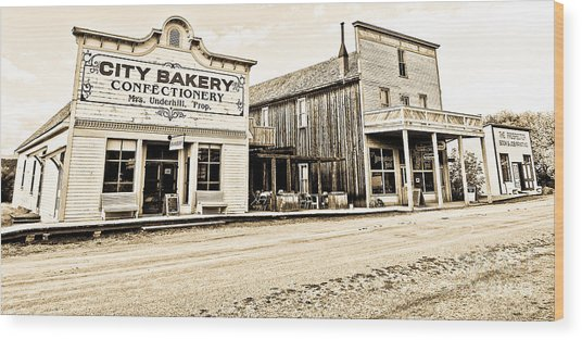 Buildings In The Eighteen Hundreds Town Of Fort Steele Bc Canada Wood Print by Emilio Lovisa