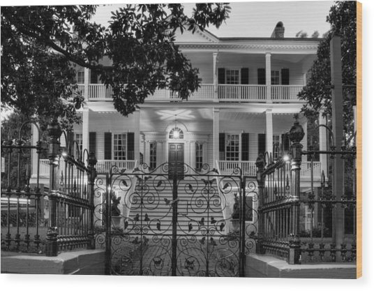 Burgwin Wright House In Black And White Wood Print