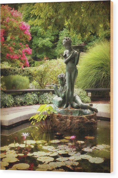 Burnett Fountain Garden Wood Print