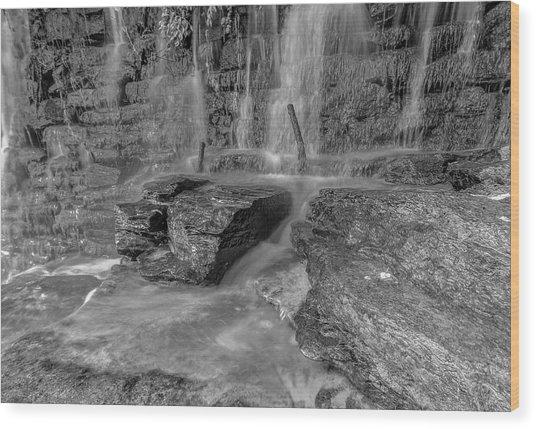 Bw Rock Wall Waterfall Wood Print