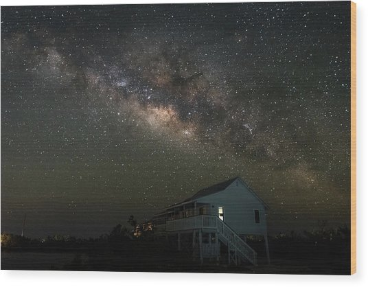 Cabin Under The Milky Way Wood Print