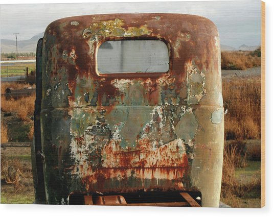 California Rusted Truck Wood Print