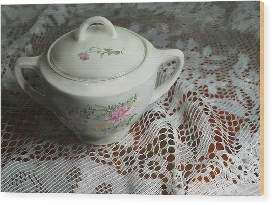 Camilla's Sugar Bowl II Wood Print