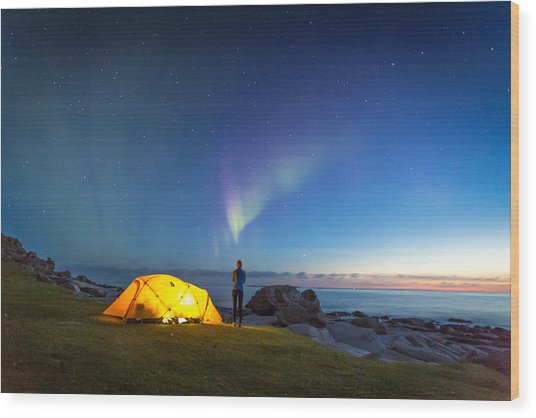 Camping Under The Northern Lights Wood Print