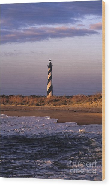 Cape Hatteras Lighthouse At Sunrise - Fs000606 Wood Print