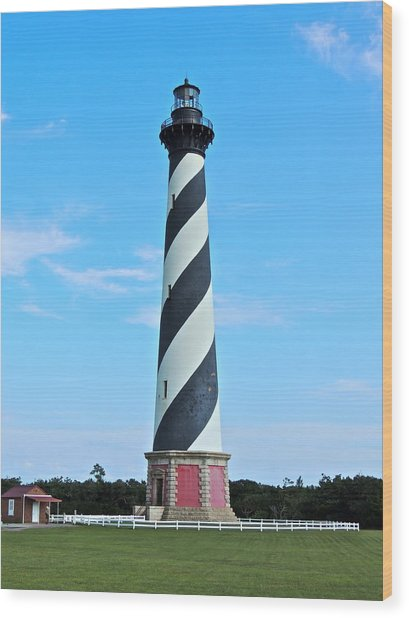 Cape Hatteras Lighthouse Lawn Wood Print