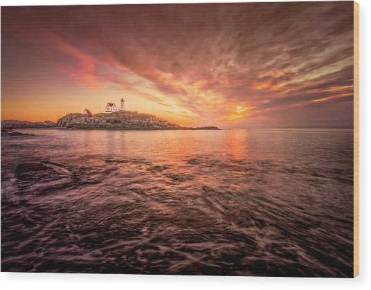 Cape Neddick Light - At Dawn Wood Print