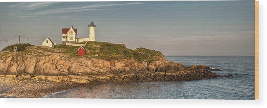 Cape Neddick Lighthouse Island In Evening Light - Panorama Wood Print