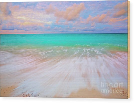 Caribbean Sea At High Tide Wood Print