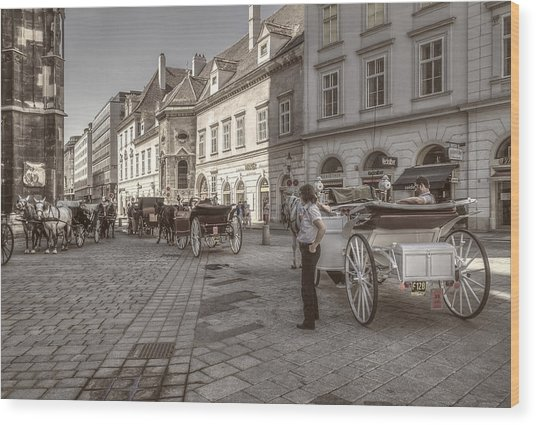 Carriages Back To Stephanplatz Wood Print