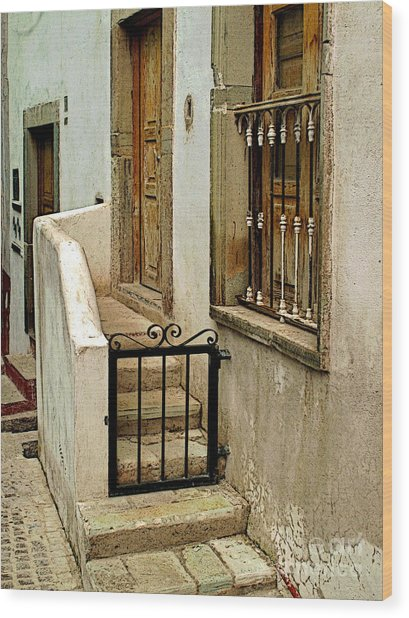 Casa De Crema Wood Print by Mexicolors Art Photography
