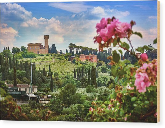 Castle And Roses In Firenze Wood Print