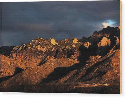 Catalina Sunset Wood Print by Robert Ashbaugh
