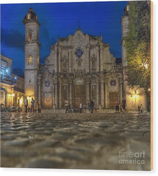 Cathedral Havana Wood Print