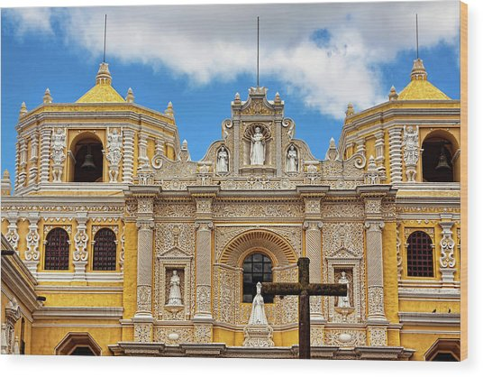 Cathedral In Antigua, Guatemala Wood Print