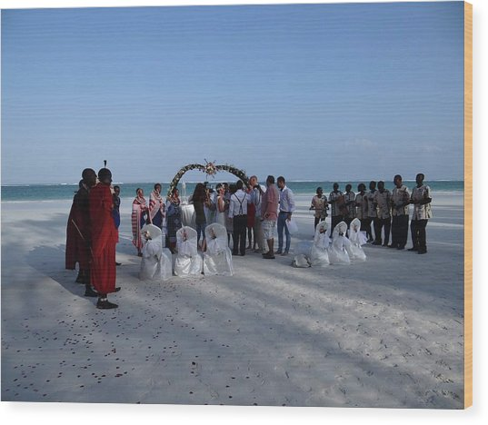 Celebrate Marriage On The Beach Wood Print