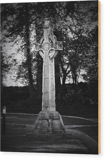 Celtic Cross In Killarney Ireland Wood Print