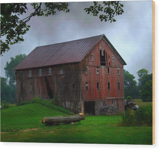 Chapman Lake Barn Wood Print