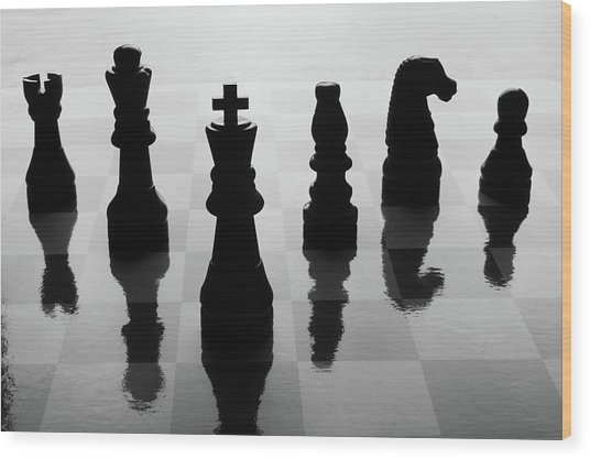 Chess Board And Pieces Wood Print