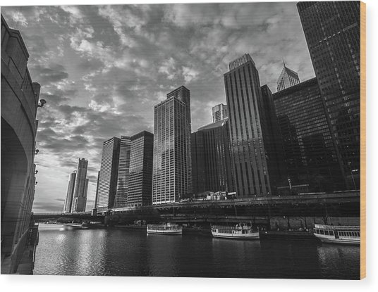Chi Sunrise Black And White Wood Print