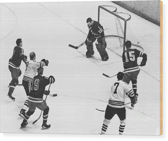 Chicago Blackhawks Bobby Hull Scores On Rangers Ed Giacomin. 1966 Wood Print by William Jacobellis