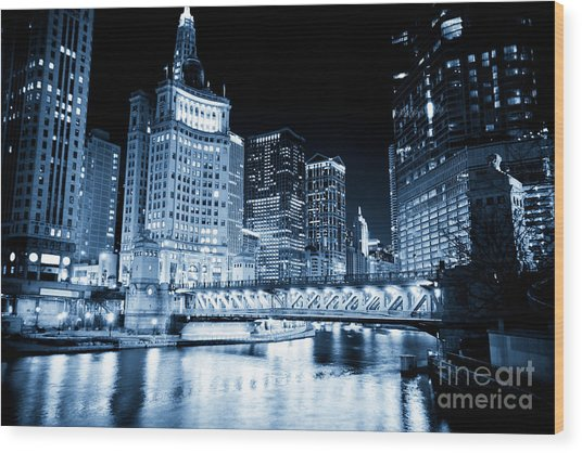 Chicago Downtown Loop At Night Wood Print by Paul Velgos