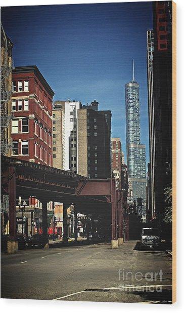 Chicago L Between The Walls Wood Print