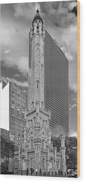 Chicago - Old Water Tower Wood Print