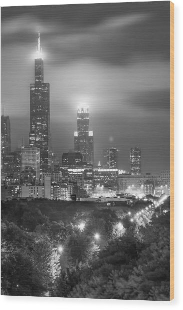 Chicago Skyline At Night In Black And White Wood Print