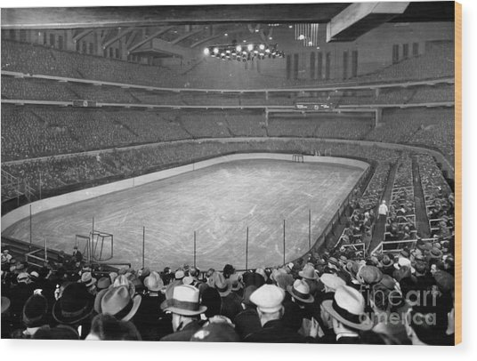 Chicago Stadium Prepared For A Chicago Blackhawks Game Wood Print