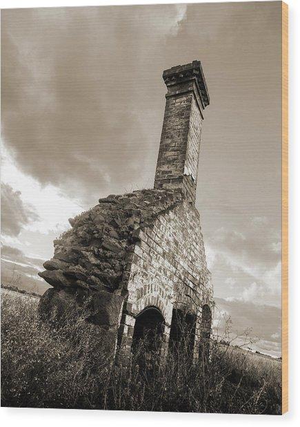 Chimney Ruins Wood Print