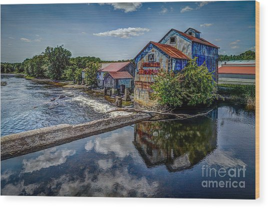 Chisolm's Mills Wood Print
