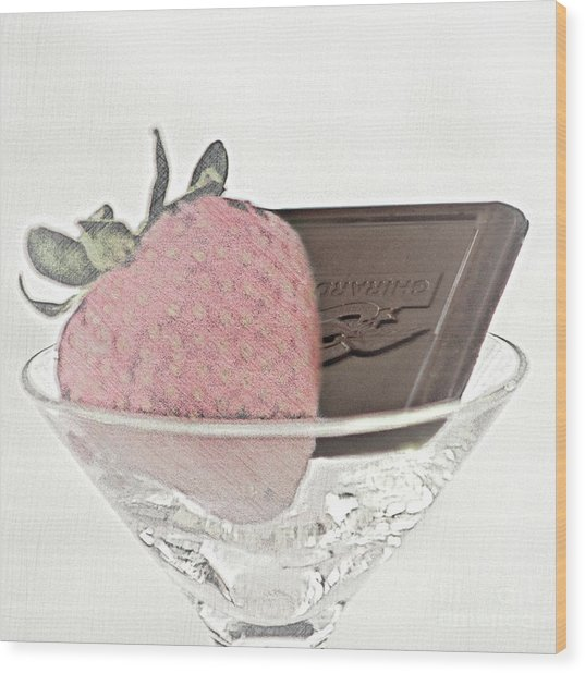 Chocolate And Strawberry Martini Wood Print