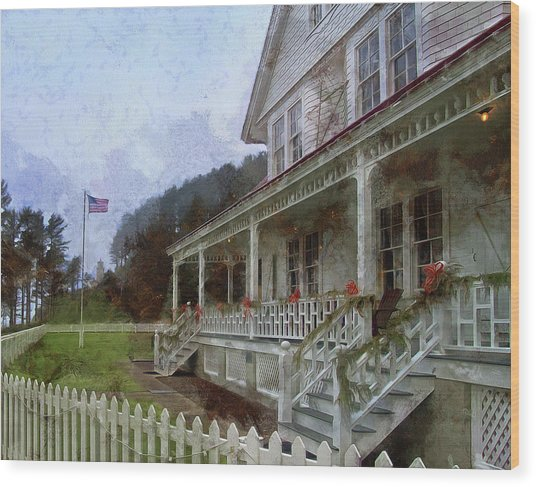 Wood Print featuring the photograph Christmas At Heceta Head by Thom Zehrfeld