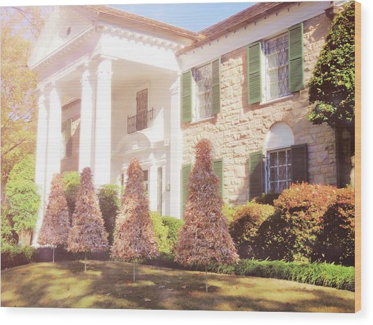 Christmas Morning At Graceland Wood Print by JAMART Photography