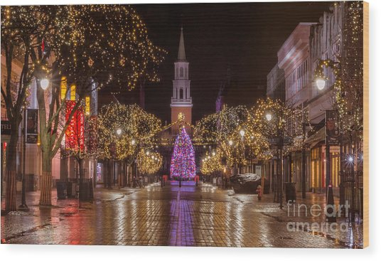 Christmas Time On Church Street. Wood Print