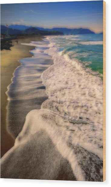 Chromatic Aberration At The Beach Wood Print