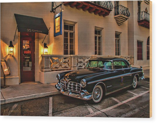 Chrysler Imperial Casa Monica Hotel Wood Print