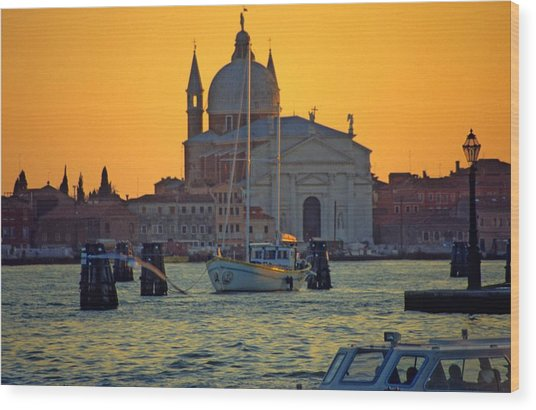 Church Of The Redentore In Venice Wood Print by Michael Henderson