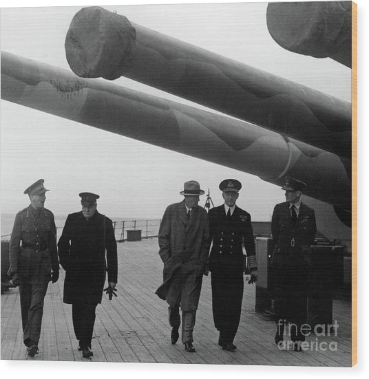 Churchill Aboard The Hms Prince Of Wales, 1941 Wood Print